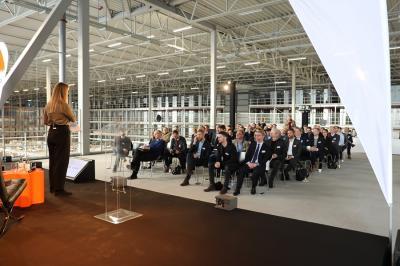 Anne Vibe Hansen, talesperson för Zalando och invigningens konferencier, hälsade alla välkomna.