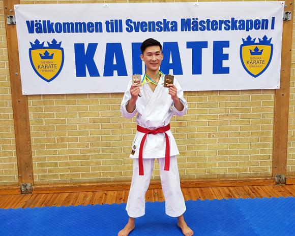 Ett guld och ett brons blev Isak Larssons belöning för väl genomfört SM.