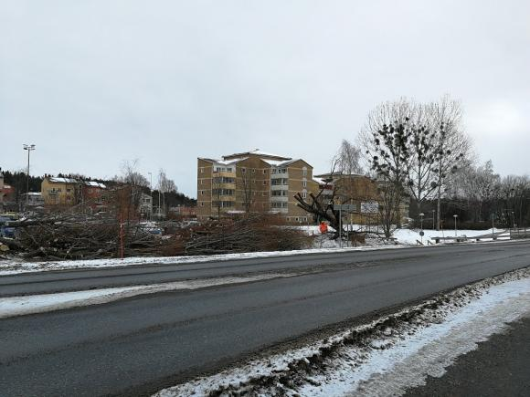 Centrumparkeringen i Bro får en välbehövlig \