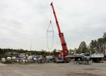 Vårrustningen som kulminerar i sjösättningen är en intensiv period för båtägarna. På KBS var det sjösättning helgen som gick, 10-11 maj.