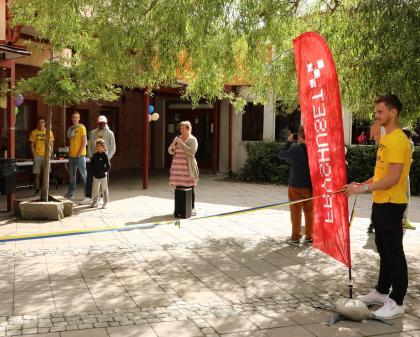 Sara Ridderstedt invigningstalade när Upplands-Bro SportCamp öppnades på tisdagen.