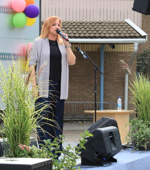 Shirley Clamp var årets dragplåster på Fest i Byn.