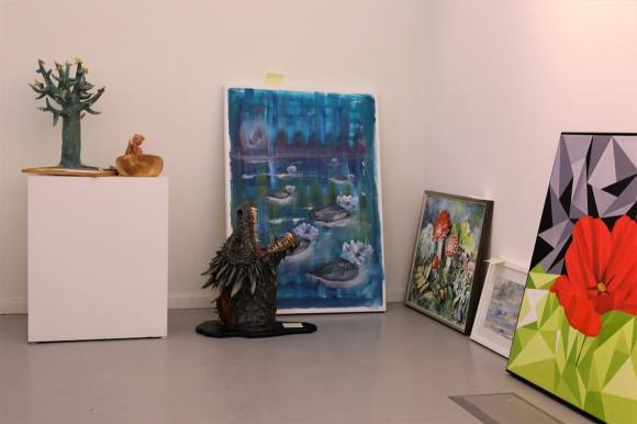 Fyrtiotalet konstverk lämnades in till Vårsalongen 2018. Juryn kommer sedan att välja ut vilka alster som blir delaktiga i utställningen.