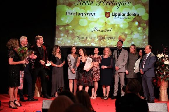 Azar Tavallali och hennes vårdföretag Destinys Care AB vann det prestigefyllda priset Årets Företag och kommer att representera Upplands-Bro i Blå Hallen i Stadshuset senare i år.
