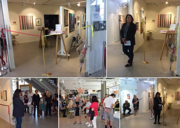 Invigningen av samlingsutställningen var välbesökt.
