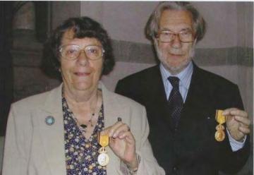 Gudrun och Börje Sandén mottog Nordiska museets Hazelius-medalj för hembygdsvårdande gärning 2008.