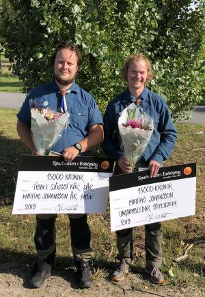 Mattias Johansson, till höger, är ungdomsledare i Tibble Sjöscoutkår.
