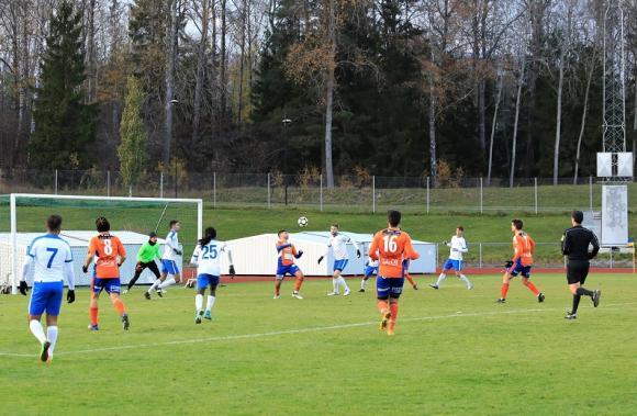 Orangetröjade Bollnäs hade några av matchens absolut vassaste chanser i slutminuterna. KIFs målvakt tvingades till flera avancerade räddningar och bidrog därmed i högsta grad till slutresultatet 4-1.