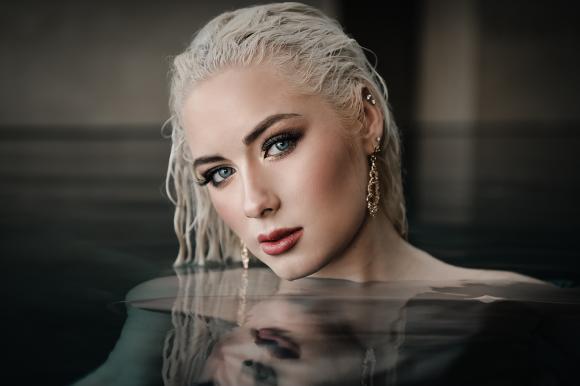 Wiktoria har varit med i Melodifestivalen tre gånger - och gått direkt till final alla tre gångerna. 2016 kom hon fyra i finalen med låten med Save me. 2017 kom hon sexa med As I lay me down och i år kom hon på sjätte plats med Not with me.