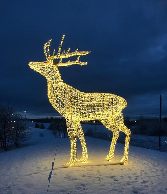 En riktigt God Jul önskar vi er alla!