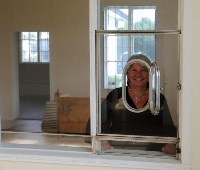 Den första oktober fick Maria nyckeln till Stationshuset. Sedan dess har massor hänt!