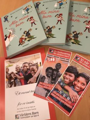 I år kommer man att sälja en fin Astrid Lindgren-samling som Världens Barn ger ut i samarbete med Rabén & Sjögren och Astrid Lindgrens Förlag. ALLA MINA BARN heter boken och 100 kronor per såld bok går oavkortat till insamlingen.