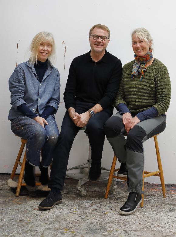 Anne Hansson, Per-Erik Berglund och Susanne Danielsson har hästar som gemensam nämnare i sitt skapande. Den 18 november ställer de ut sina alster på Konstgaloppen.