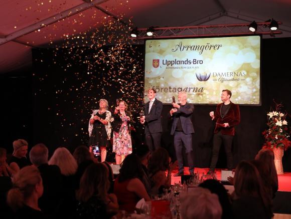 Maria Brofalk, Birgitta Dickson, Marcus Nybom, och Fredrik Kjos invigningstalade medan Kristoffer Appelquist höll ordningen på scenen.