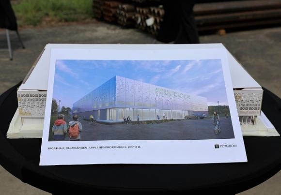 Sporthallen är ritad av Tengbom arkitektkontor och kommer att uppföras av entreprenören Winge Byggnads AB.