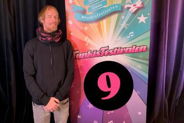 Magnus, med låten I don´t want to miss a thing, är vinnare av årets Funkisfestival i Upplands-Bro kommun