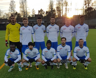 Startelvan i sista kvalmatchen där KIF till slut vann med hela 8-2 i dubbelmötet mot Bollnäs.