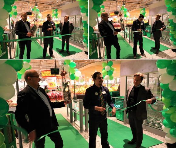 Alex Banda, stolt butikschef i den nyöppnade Stora Coop i Brunna Park, klippte bandet vid torsdagens öppningsceremoni.