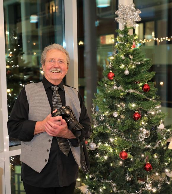 Jan G Westin, som så ofta med kameran i högsta hugg!