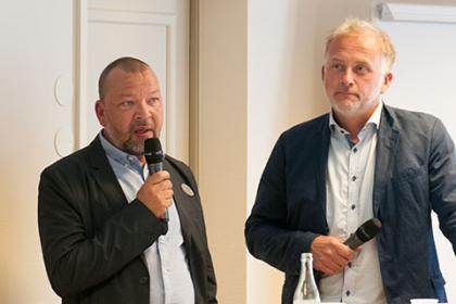 Mats Kjellberg är Säkerhetschef i Upplands-Bro. Danne Carlsson är till vardags lärare på Broskolan, men var också med och startade upp FRG i Upplands-Bro.