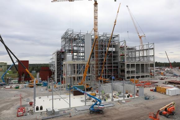 Kraftvärmeverket beräknas vara klart och gå i drift i december 2019.