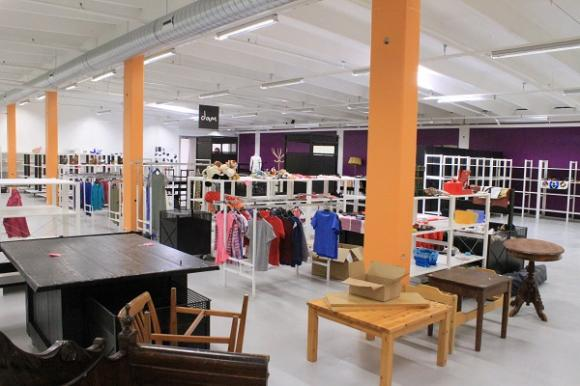 Butikskänslan är A och O för Marlene och Douglas. Kunden ska kunna få en snabb överblick över vad som finns på de olika avdelningarna så att det är lätt och roligt att handla. Det får absolut inte vara \