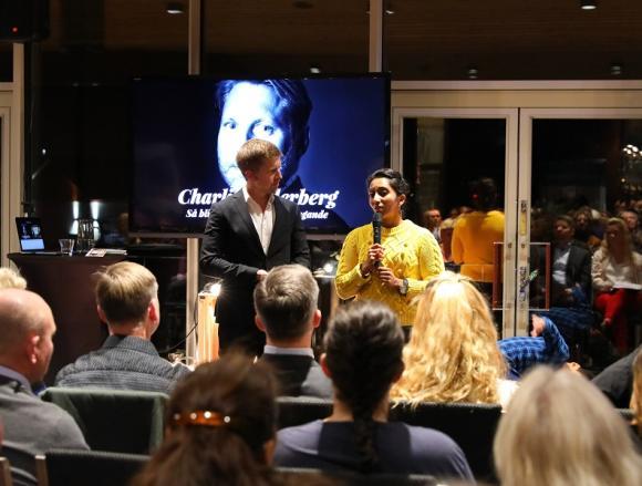 Gustaf Oscarson och Mary Juusela. En mycket omtumlad vinnare sammanfattar vad hon och LikaOlika står för.