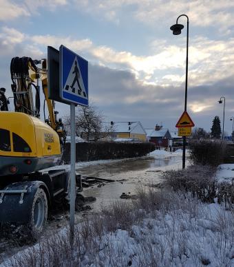 Vattenläckan i Gamla Bro åtgärdas.