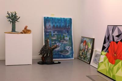 Fyrtiotalet konstverk lämnades in till Vårsalongen 2018. Juryn kommer sedan att välja ut vilka alster som blir delaktiga i utställningen. 20-25 stycken lokala konstnärer har hittills ställts ut på varje Vårsalong.