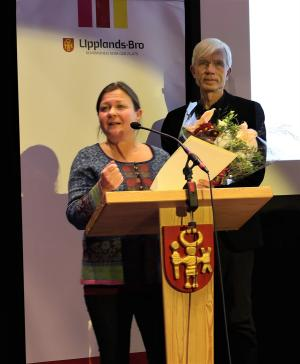 Annette Sandström har arrangerat lärorika och uppskattade historiska vandringar i Upplands-Bro.