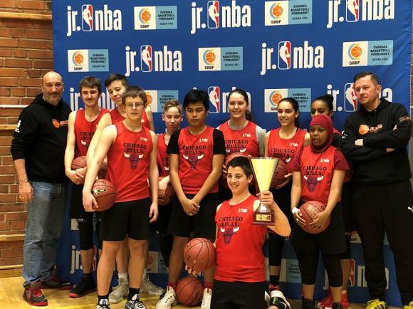 FUBB Baskets killar och tjejer är Cup-segrare i NBA Jr.