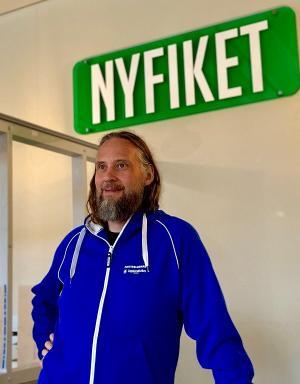"Fredrik ""Flebbe"" Brangel Lindström, fritidsledare i Bro."