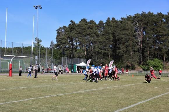 Efter en touch down får poänggörande laget ytterligare en möjlighet. Broncos valde att försöka sig på ett field goal (en spark i mål) och lyckades!